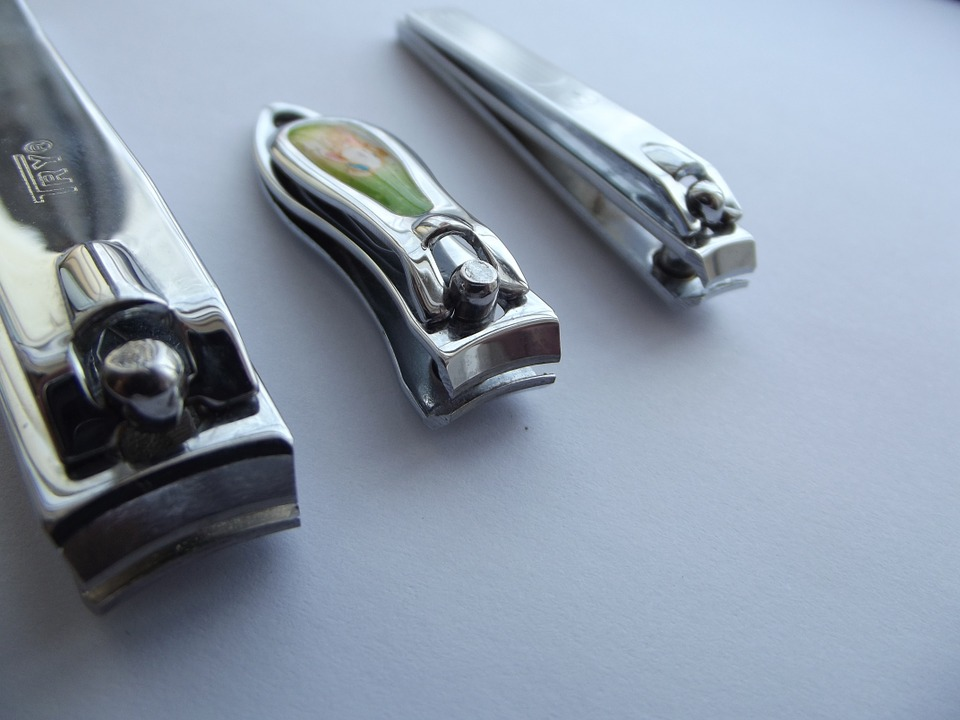 nail-clippers-106381_960_720